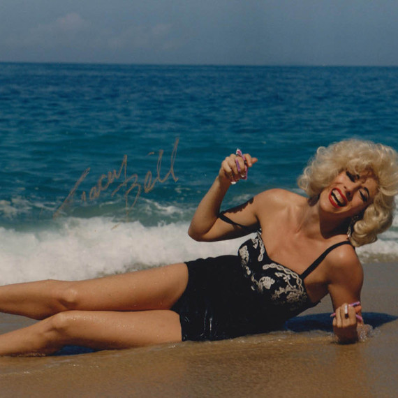 Marilyn Monroe Impersonator Tracey Bell in Mexico