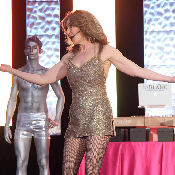 Celine Dion Impersonator Tracey Bell